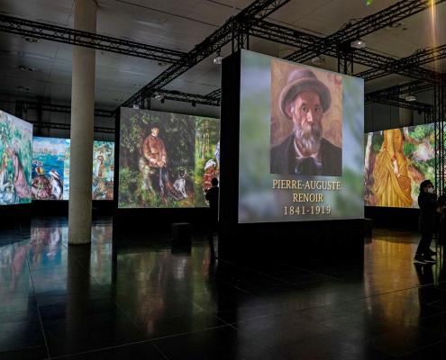 pierre-auguste-renoir-multi-screen-projection